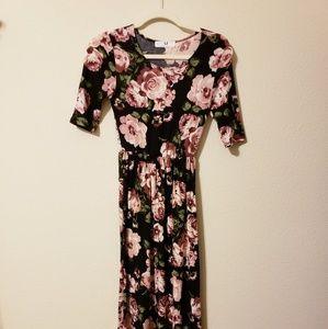 Amelia James Maxi Dress szS. - EUC